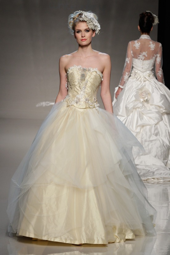 hot wedding dresses trends in 2013 wedding dresses for 2013